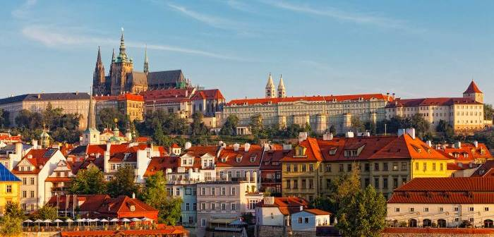 Praga, oraşul de aur, oraşul celor 100 de turle, orasul magic!
