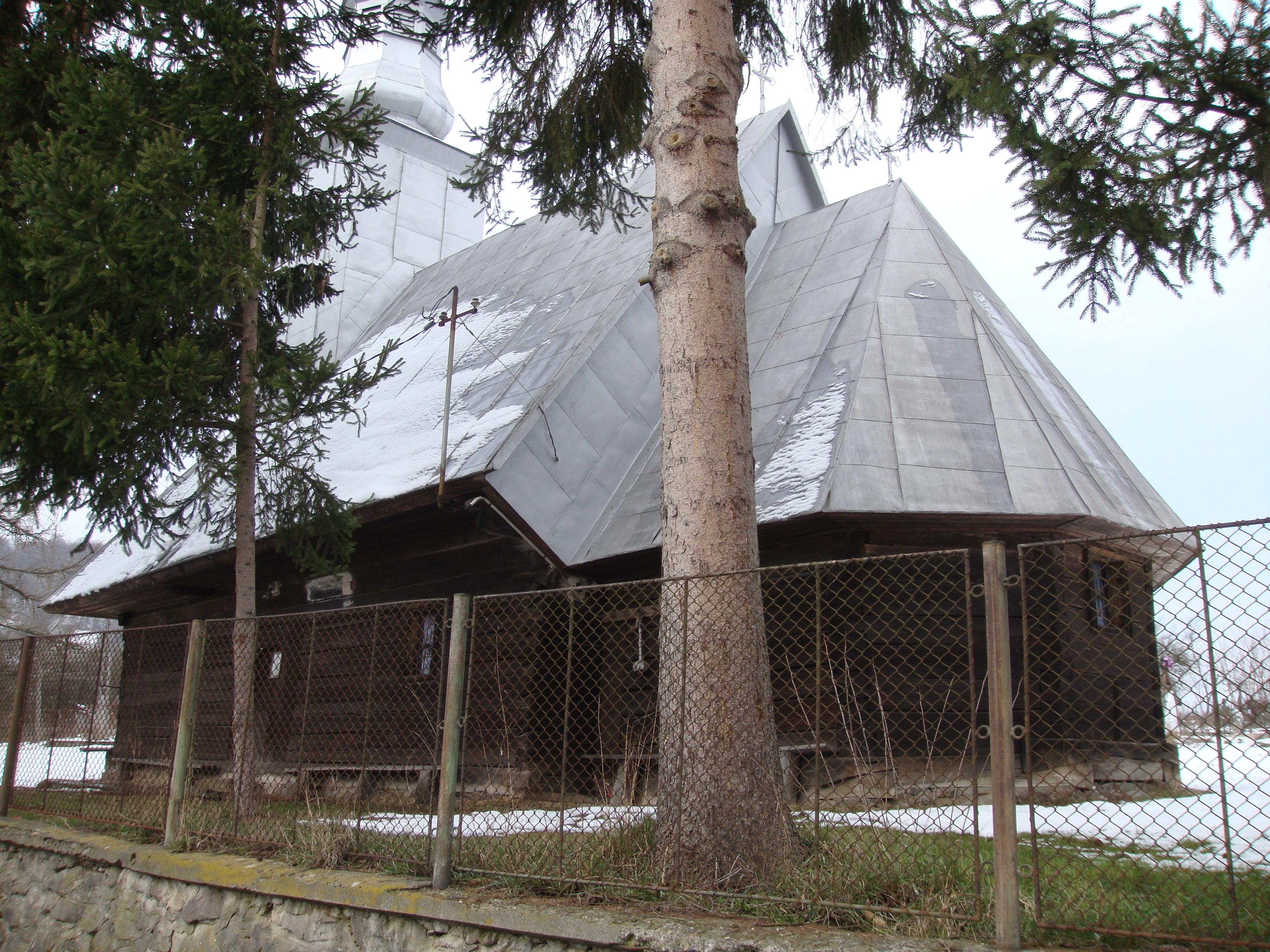 Bisericile de lemn din Arad, pregătite să dispară FOTO