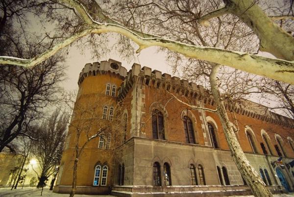 Nu rataţi în România: Castelul Huniade din Timişoara