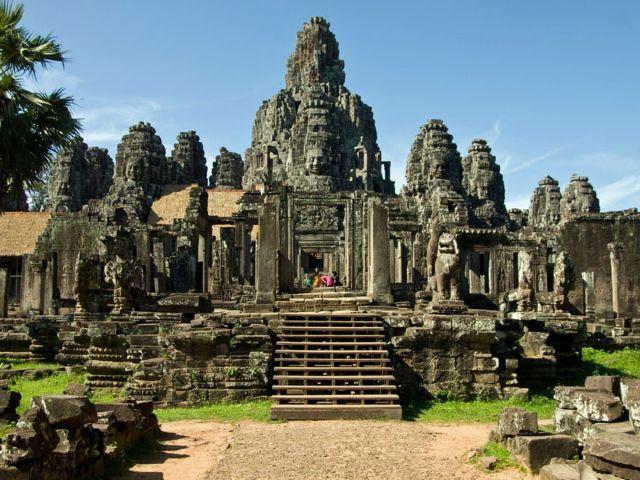 Angkor Wat, lăcașul zeităților hinduse şi simbolul Cambodgiei