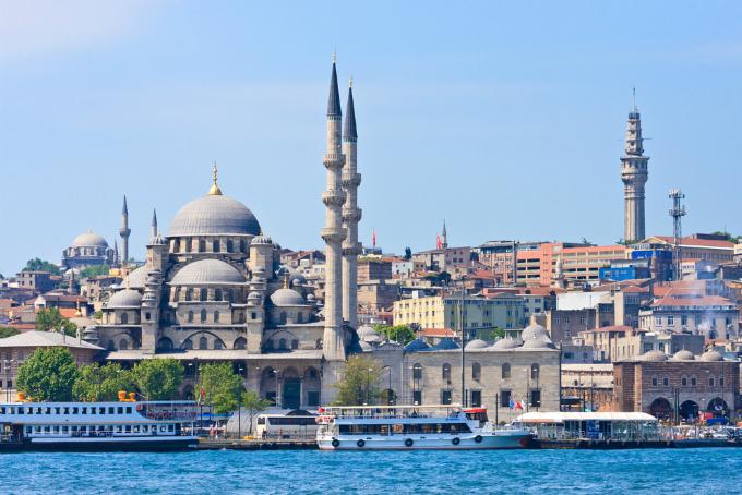 Un oraş pe două continente: Istanbul