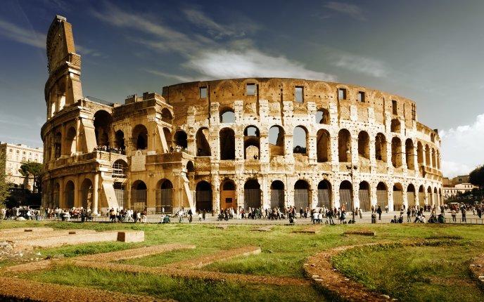 Se reconstruiește podeaua centrală a Colosseumului
