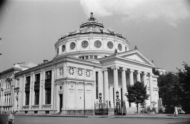 Bucureştiul anului 1956. Cum arătau Centrul Vechi şi alte locuri care acum sunt istorie