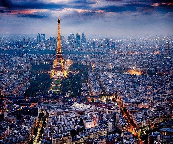 Paris, oraşul luminilor