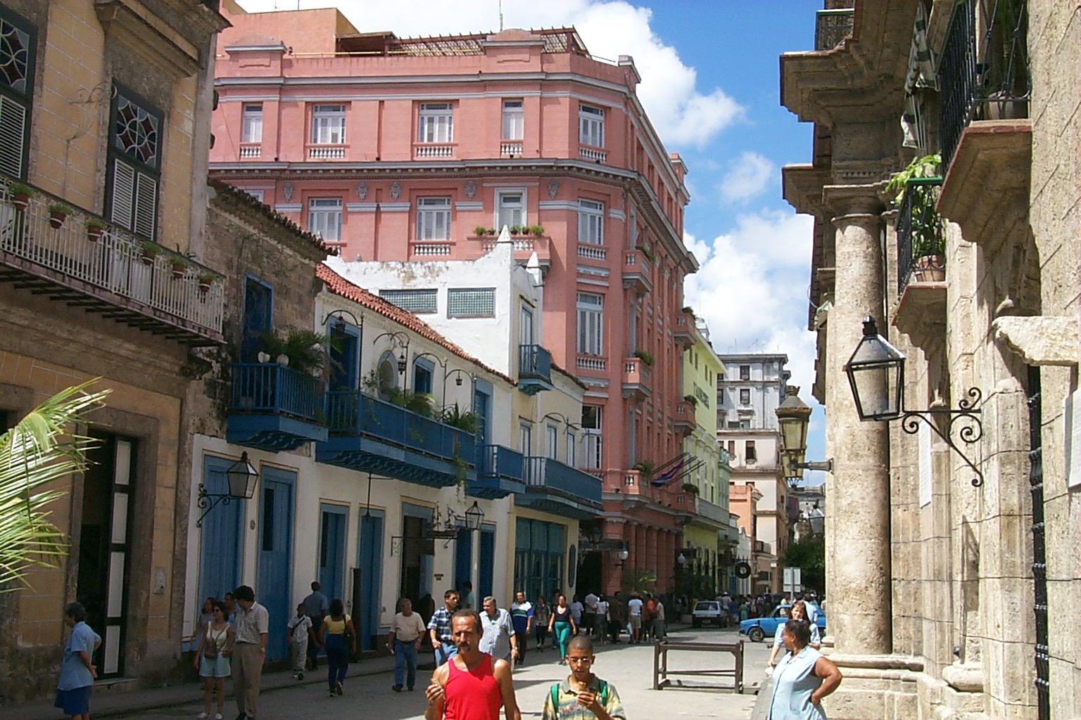 Top 10 străzi mici şi încântătoare care trebuie vizitate