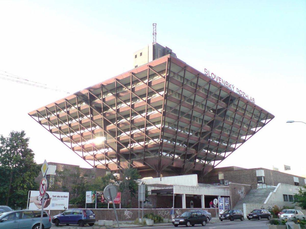 Topul celor mai bizare construcţii ridicate de comunişti în Europa