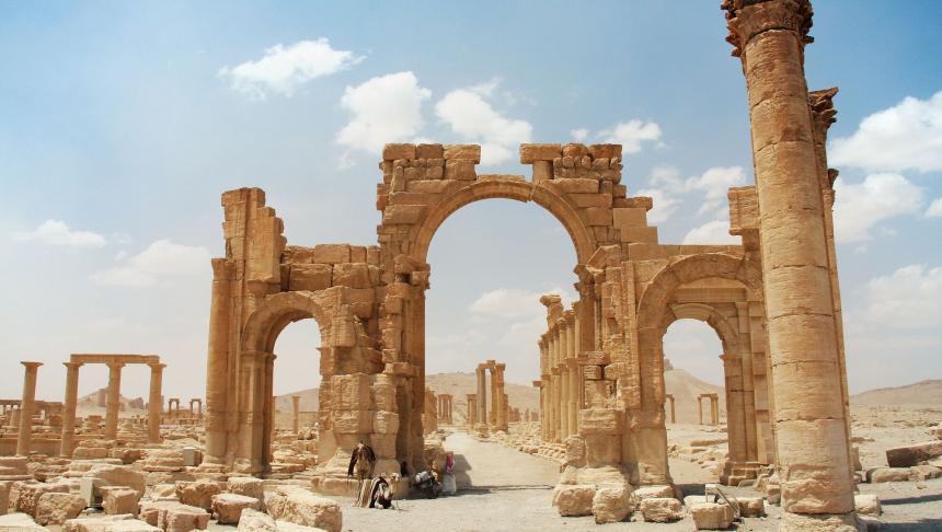 Ruinele antice din Palmyra, în pericol să fie distruse de Statul Islamic