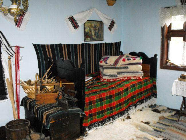 Muzeul Etnografic de la Peșteana – Din dragoste pentru lumea satului hațegan