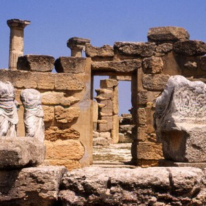 640px-Cyrene_Apollo_temple