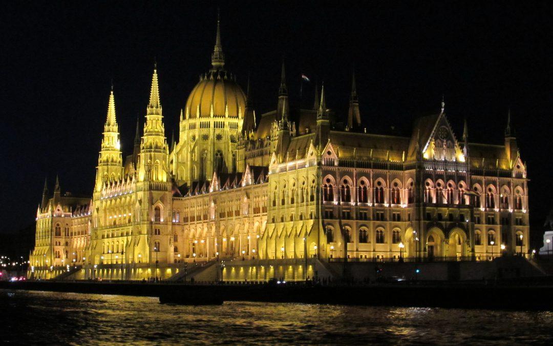 Ungaria crede că relaţiile cu România trebuie îmbunătăţite – cum se vede anul 2015 de la Budapesta