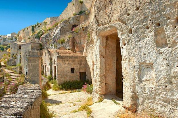 Sassi di Matera – oraşul italian în care te simți ca în epoca de piatră