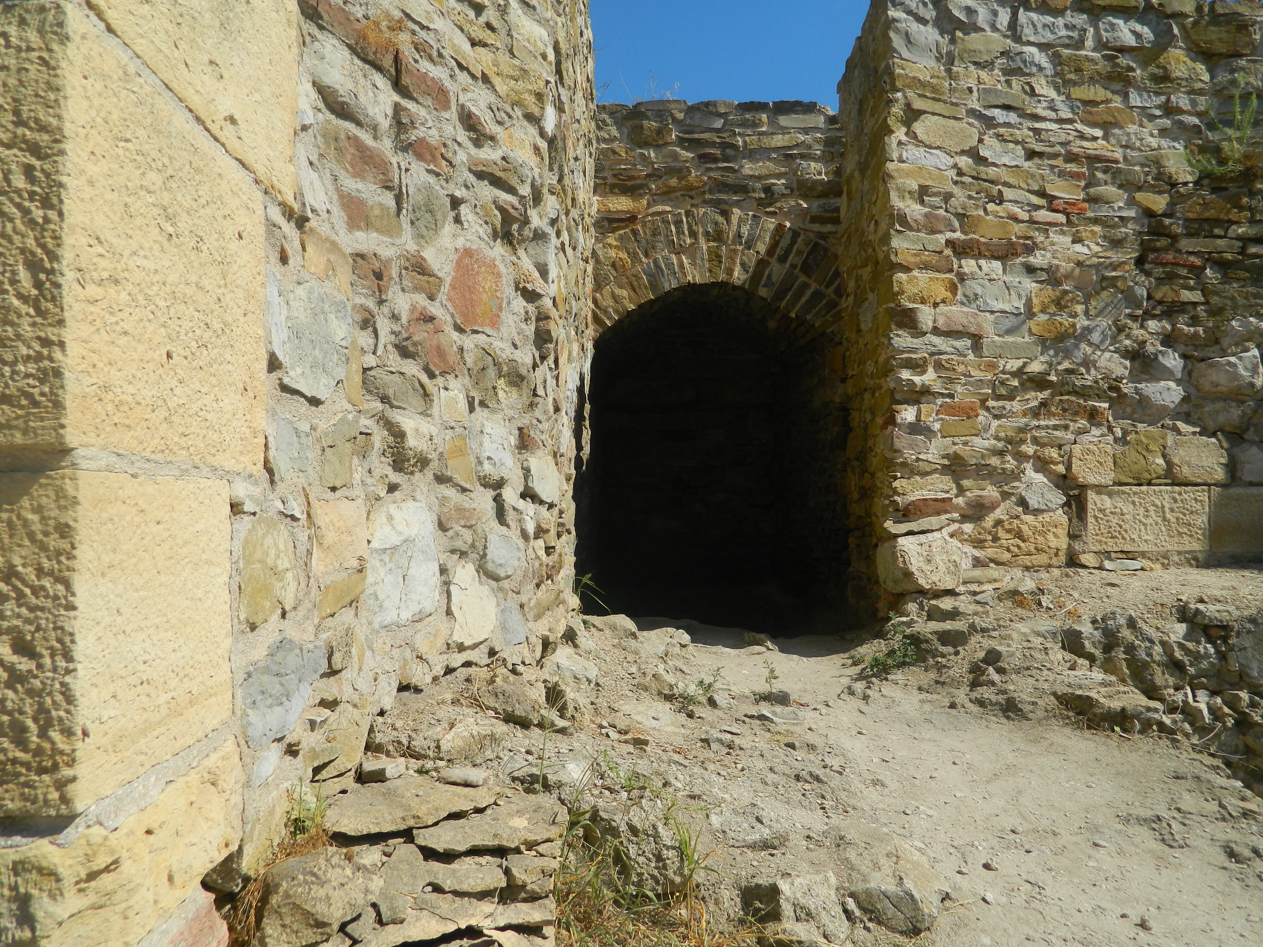 Cetatea Halmyris: povestea unor ruine