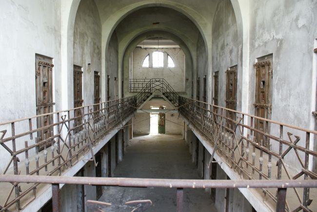 Accesul în fosta închisoare de la Râmnicu Sărat va fi oprit