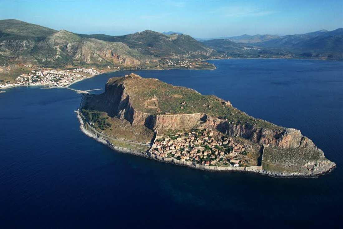 Fortăreaţa medievală – Monemvasia un loc extraordinar plin de istorie