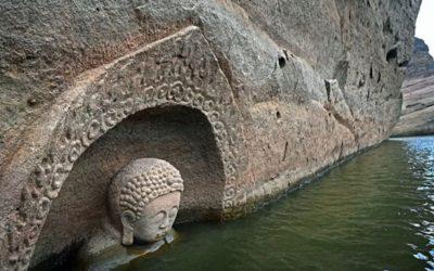 O statuie a lui Buddha, veche de 600 descoperită într-un rezervor de apă din China