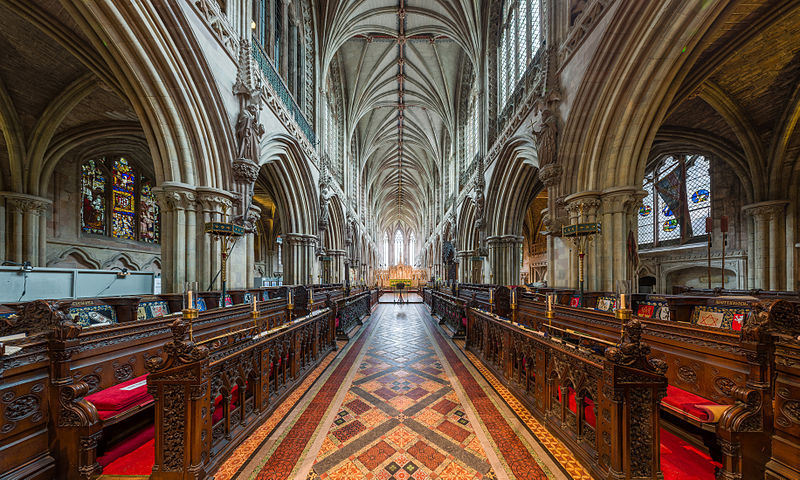 Catedrala Lichfield, singura catedrala medievala din Anglia cu trei spire