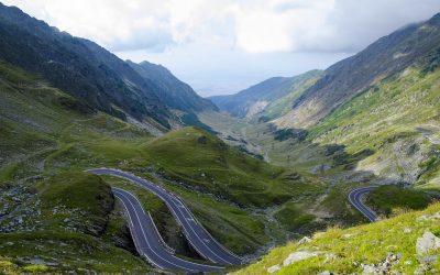 Cele mai spectaculoase trasee rutiere din lume. Transfăgărășanul – destinația pasionaților de senzații tari