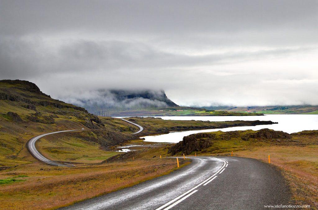 Inelul Islandei – un tur al insulei cu peisaj de poveste