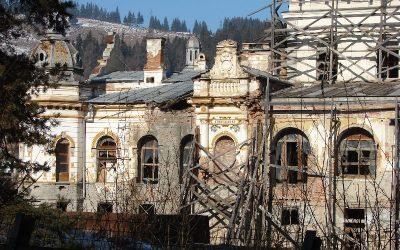 Firma care trebuie să restaureze cel mai vechi cazino din România a intrat în insolvenţă