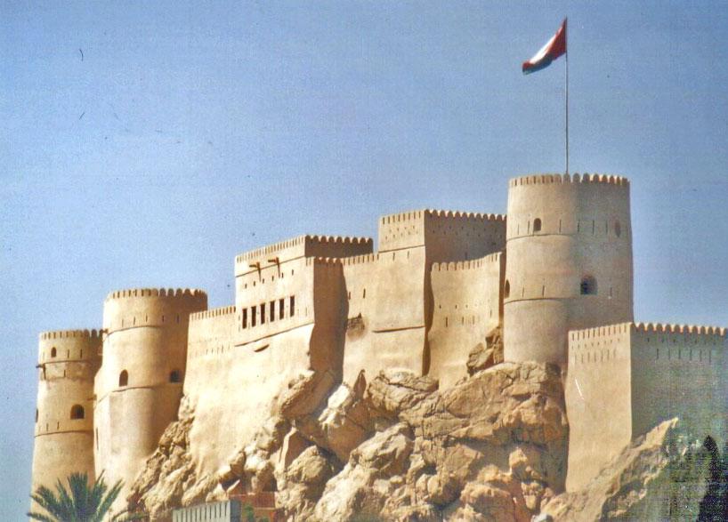 Forturile din Oman – o mie de castele, turnuri de pază și forturi