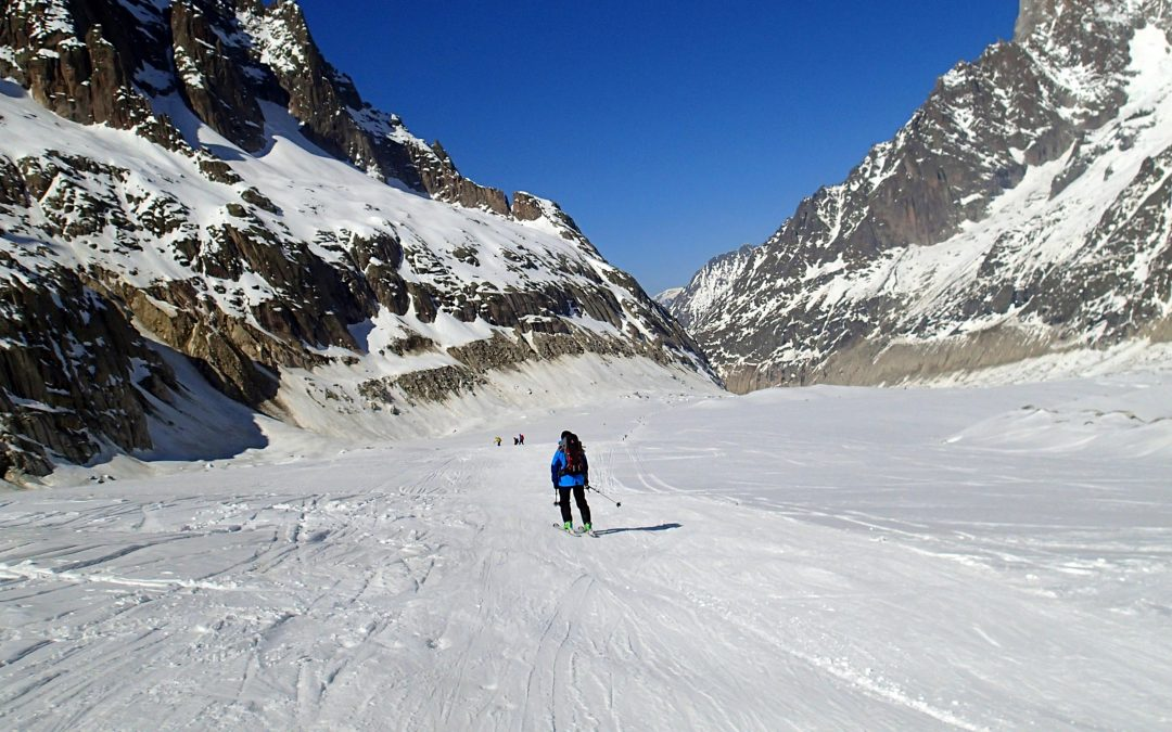 Vallée Blanche: Spectaculosul traseu schiabil de 22 de kilometri