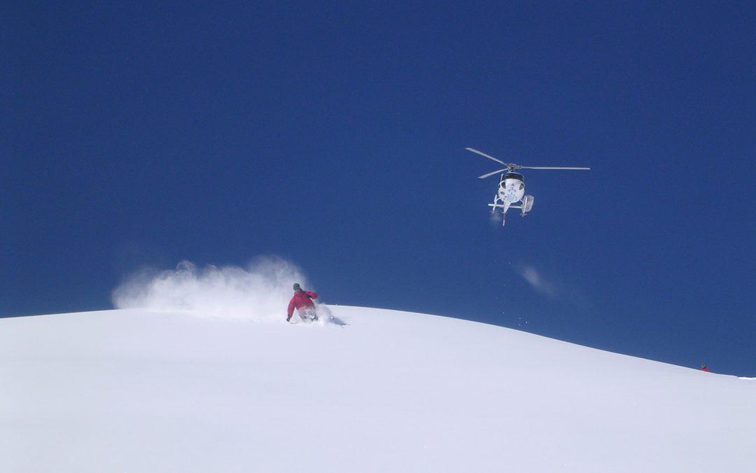 O nebunie – la schi cu elicopterul prin Alpi
