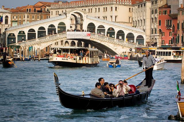 Veneția interzice navelor de croazieră să mai intre în centrul istoric al orașului
