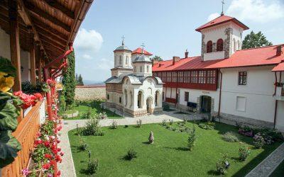 Istoria și legenda Mănăstirii Arnota – cum a scăpat Matei Basarab de asasinii turci