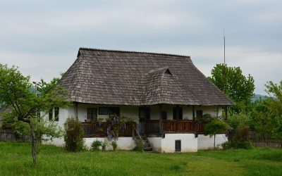 Muzeul Satului Vâlcean din Bujoreni – imaginea vie a lumii tradiționale