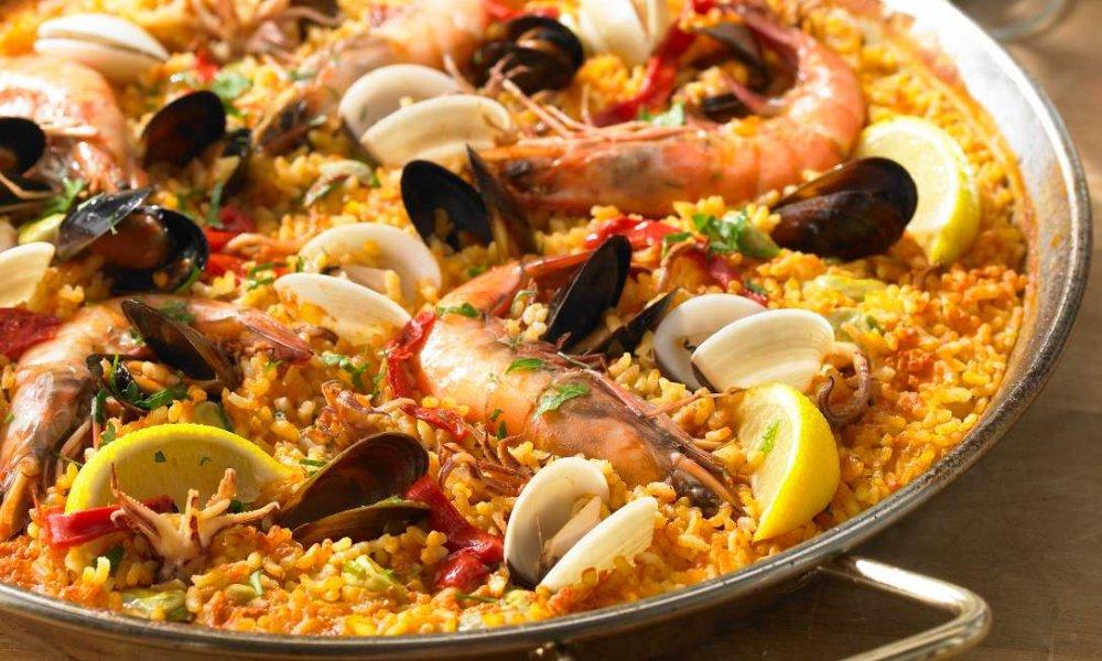 Ce mâncăruri să comanzi când mergi în vacanţă, în funcţie de destinaţia aleasă