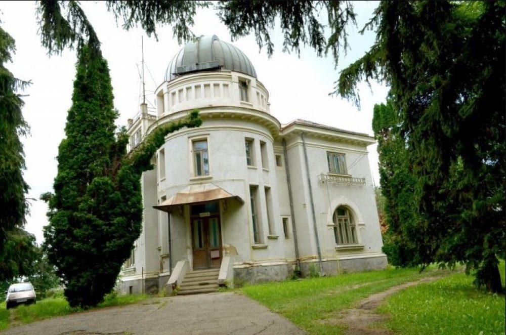 Observatorul Astronomic de la Iaşi, aflat într-o stare de degradare avansată, va fi reabilitat şi consolidat. Pe vremuri era cel mai modern din Europa!
