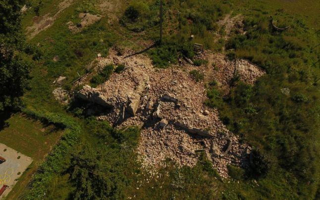 Castel de patrimoniu transformat într-o grămadă de moloz!