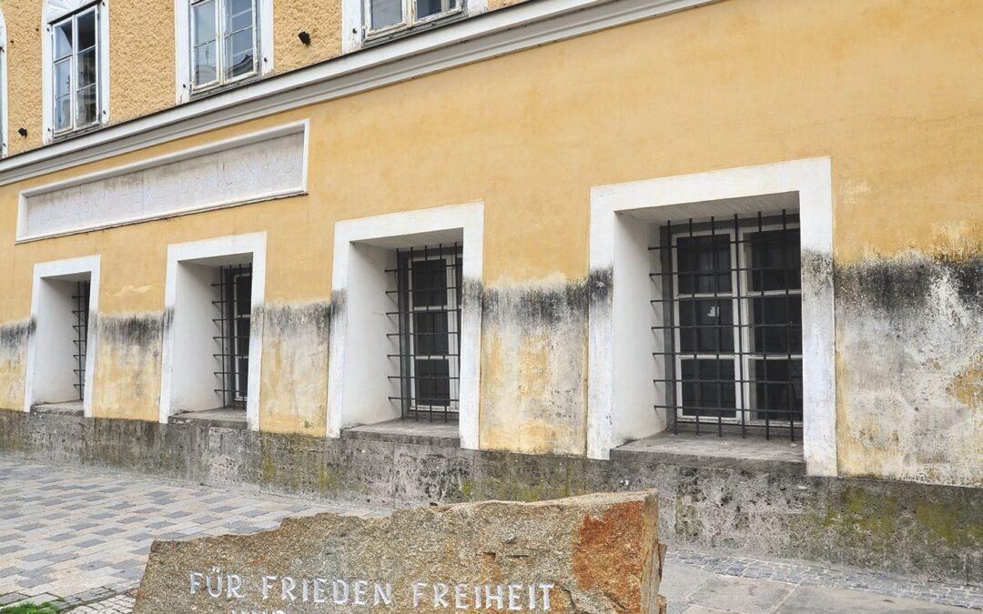Casa în care s-a născut Hitler va fi transformată în secție de poliție
