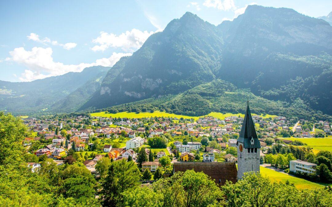Principatul Liechtenstein dă în judecată Cehia pentru castele și teritorii ce au aparținut cetățenilor ei înainte de 1945