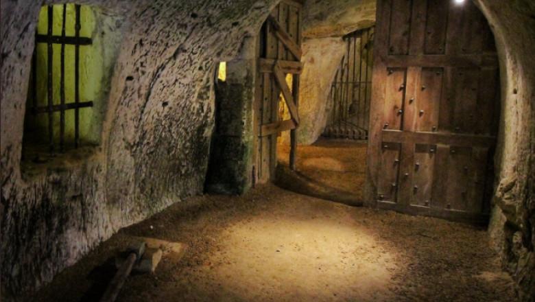 Cum arată un buncăr pentru Apocalipsă sub un castel de pe valea Loarei