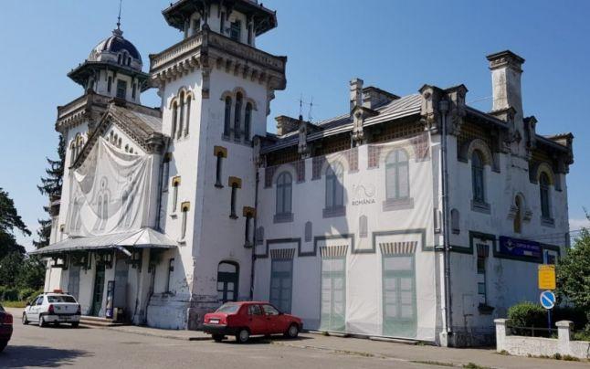 Ce s-a întâmplat cu Gara Regală din Curtea de Argeş după funeraliile Regelui Mihai?