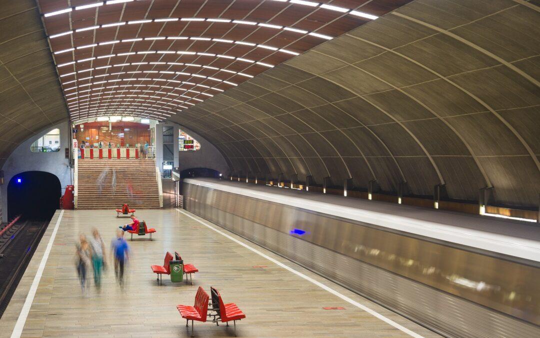 Titan-  cea mai impresionantă stație de metrou din București, realizată printr-o metodă inedită