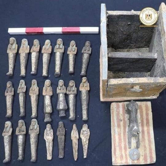 Descoperiri arheologice extraordinare! Un templu de 2500 de ani cu peste 50 de sarcofage găsite în Egipt