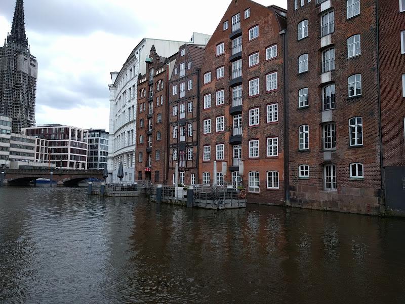 De ce să mergi la Hamburg – orașul râurilor?