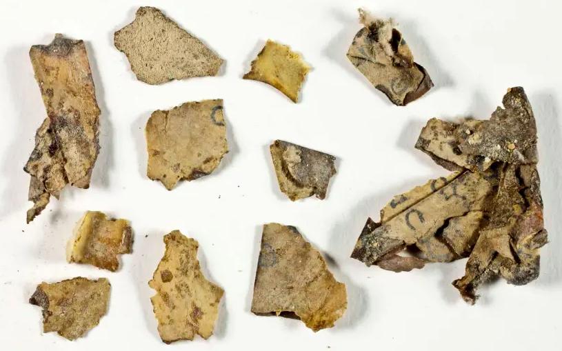 Arheologii au descoperit un manuscris biblic nou, in Marea Moarta, pentru prima data in ultimii 60 de ani