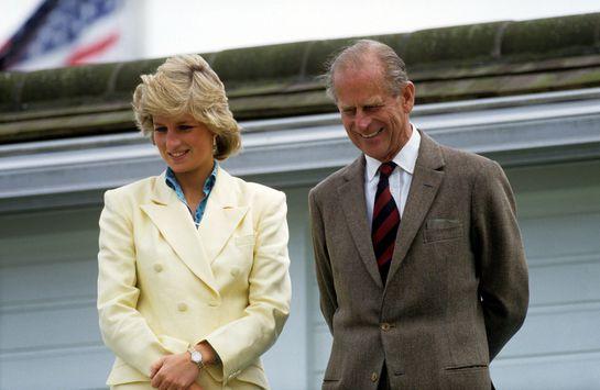 De ce Prințesa Diana în sicriu din plumb, iar Prințul Philip în sicriu din lână?
