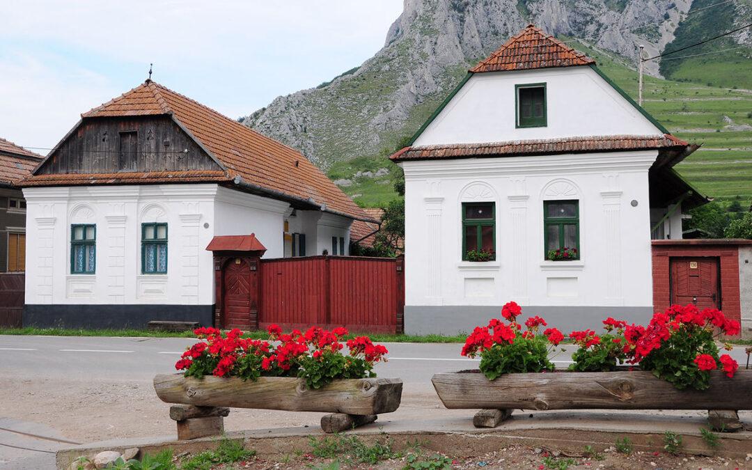 """""""Elveţia României"""": locurile unde se află cele mai frumoase şase sate din ţara noastră"""