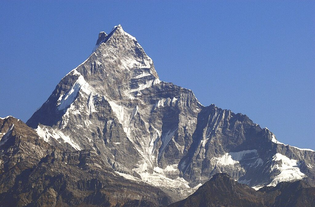 Muntele interzis. Motivul ciudat pentru care alpiniștilor nu le este permis să-l escaladeze