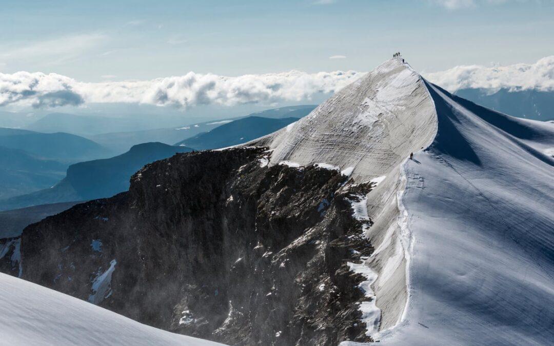 Înălțimea ghețarilor europeni scade într-un ritm alarmant!