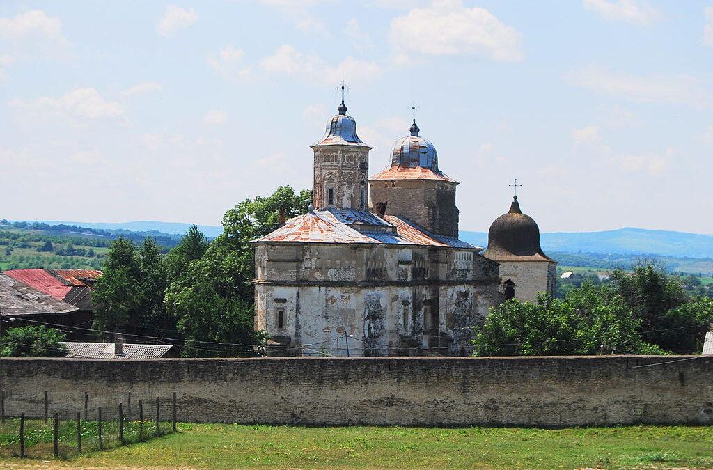 Mormântul unui domnitor al Moldovei, descoperit într-o mănăstire din Iași