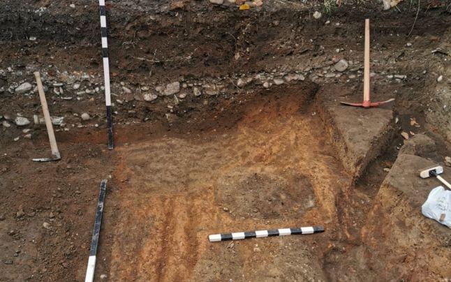 Cimitire vechi sub case noi. Descoperiri arheologice la Târgovişte, pe locul fostei cetăţi a lui Vlad Ţepeş FOTO