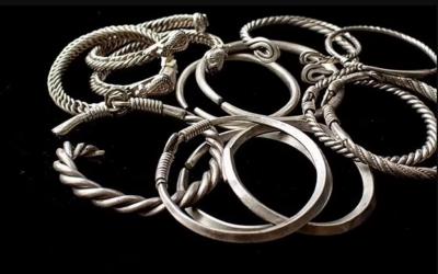 O echipă de arheologi a descoperit un tezaur de argint din perioada invaziilor mongole