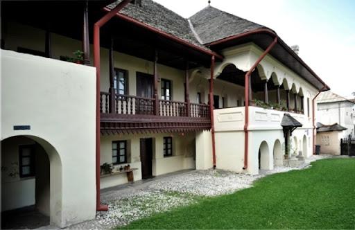Cea mai veche construcţie civilă din Câmpulung are aproape 300 de ani. Ce destinaţie are acum?